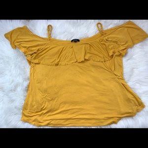 Tops - Mustard tank top shirt 💛